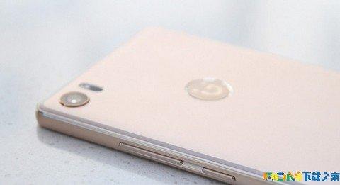 plus开始,金立智能手机就采用体验更加便捷的前置指纹识别设计,金立s8