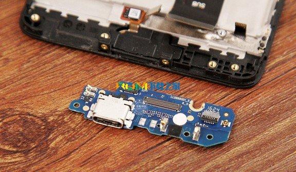 红米2014022电路板图